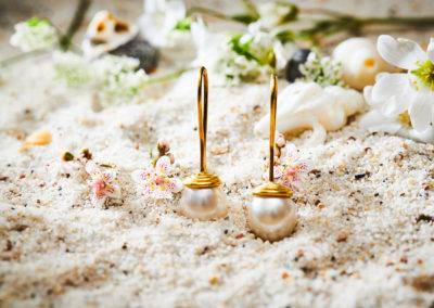 Ohrhänger mit Süßwasser-Zuchtperle in 750/000 Gelbgold